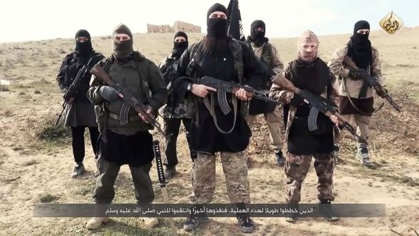 Islamic-State-troops-358823 (1)